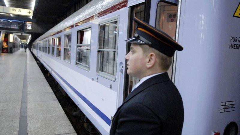 konduktor na stacji