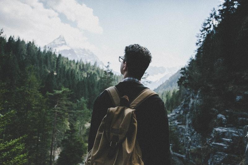 samotna wyprawa w góry - dobry pomysł na wakacje w czasie pandemii